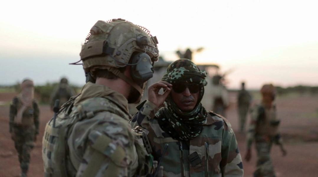 مالي: القوات الفرنسية تبدأ تسليم قاعدة كيدال إلى الجيش المالي وبعثة حفظ السلام